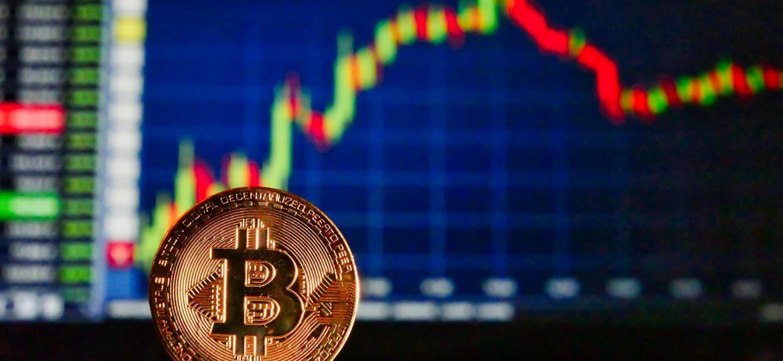 Cena Bitcoina spada
